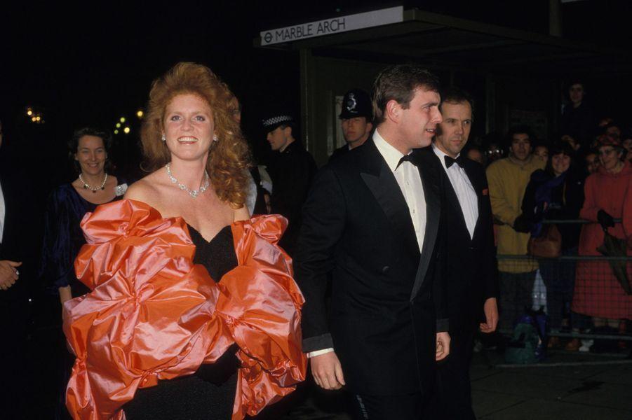 Sarah Ferguson avec le prince Andrew, le 30 janvier 1988