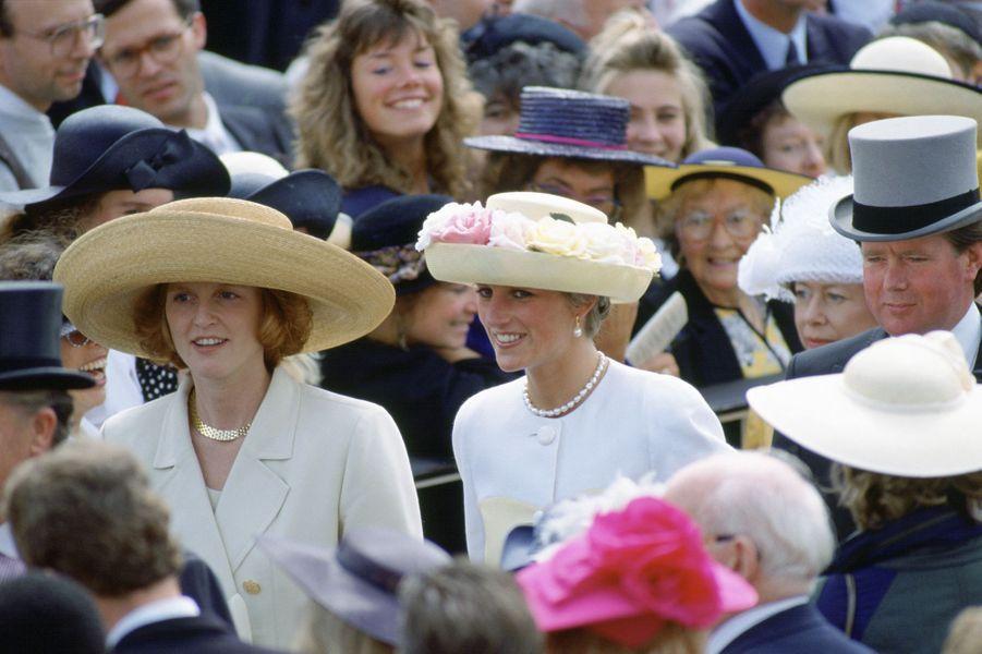 Sarah Ferguson avec sa belle-soeur la princesse Diana, le 19 juin 1991
