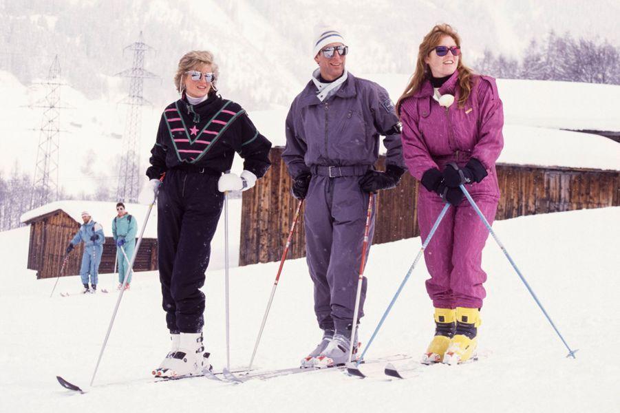 Sarah Ferguson avec le prince Charles et la princesse Diana, le 9 mars 1988