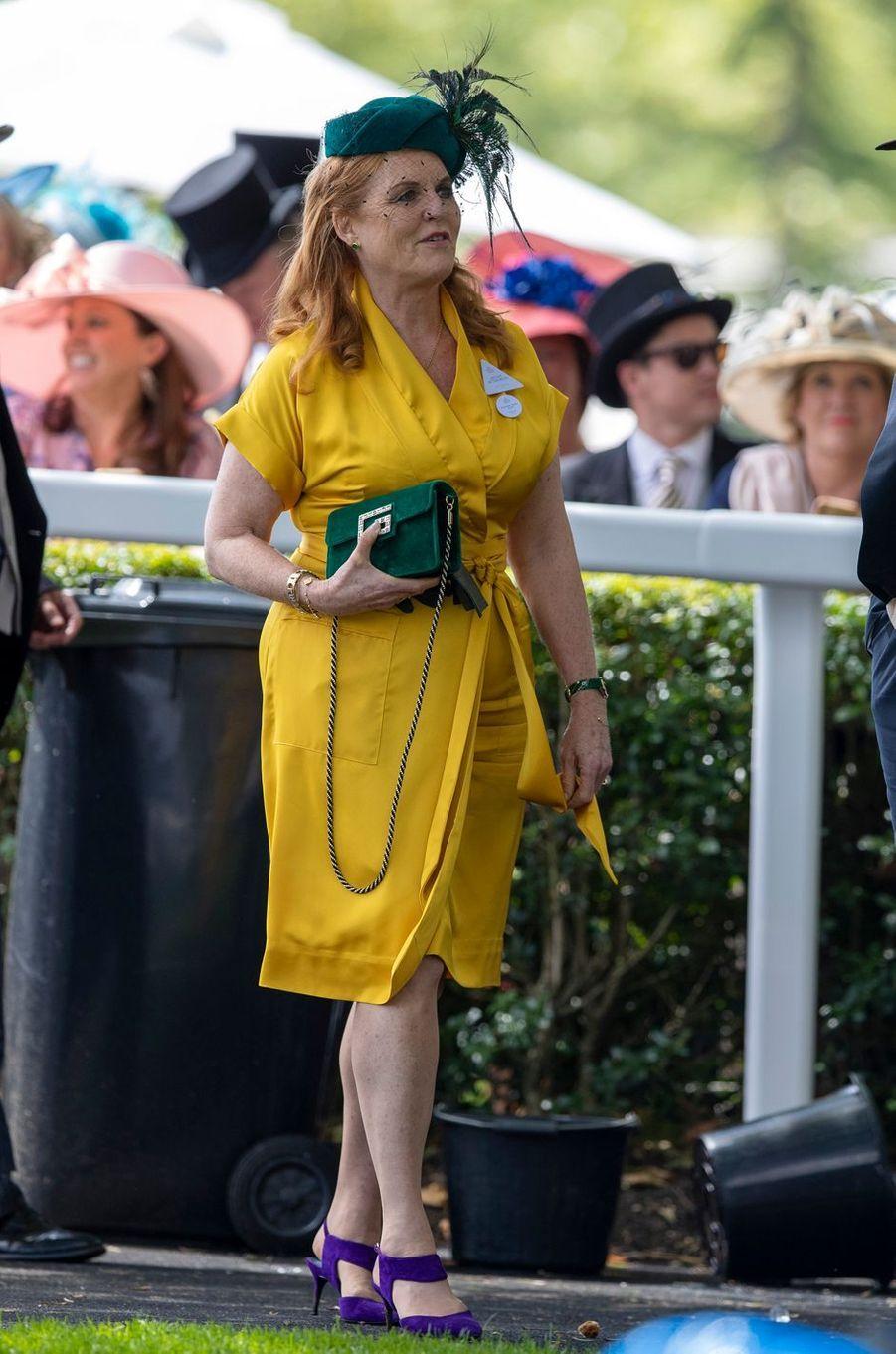 Sarah Ferguson en jaune, vert et violet au Royal Ascot, le 21 juin 2019