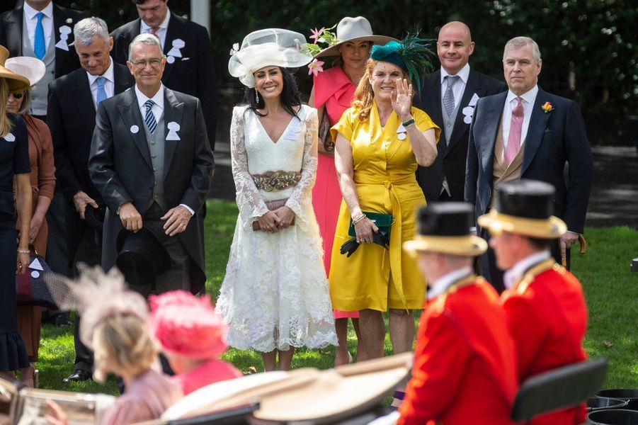 Sarah Ferguson et le prince Andrew au passage de la reine Elizabeth II, au Royal Ascot le 21 juin 2019