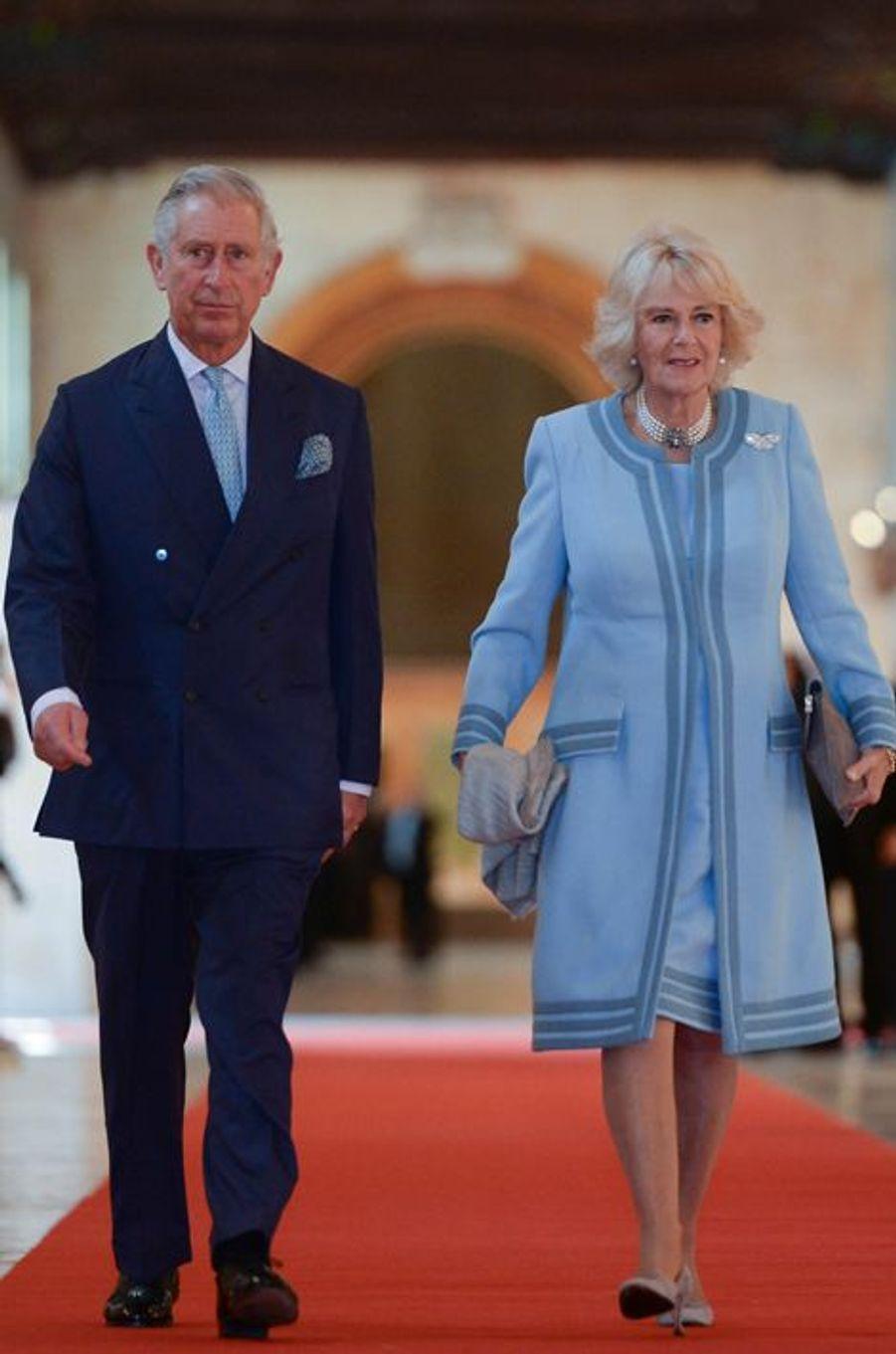 Le prince Charles et Camilla au sommet du Commonwealth à Malte, le 27 novembre 2015