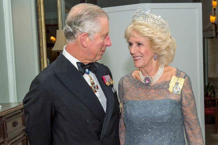 Le prince Charles et la duchesse de Cornouailles Camilla à Attard sur l'île de Malte, le 27 novembre 2015