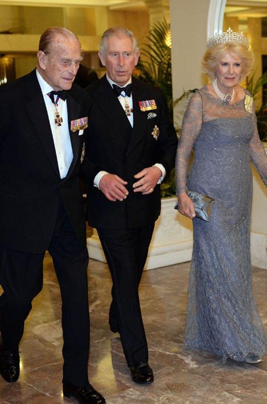 Les princes Philip et Charles et la duchesse Camilla à Attard sur l'île de Malte, le 27 novembre 2015
