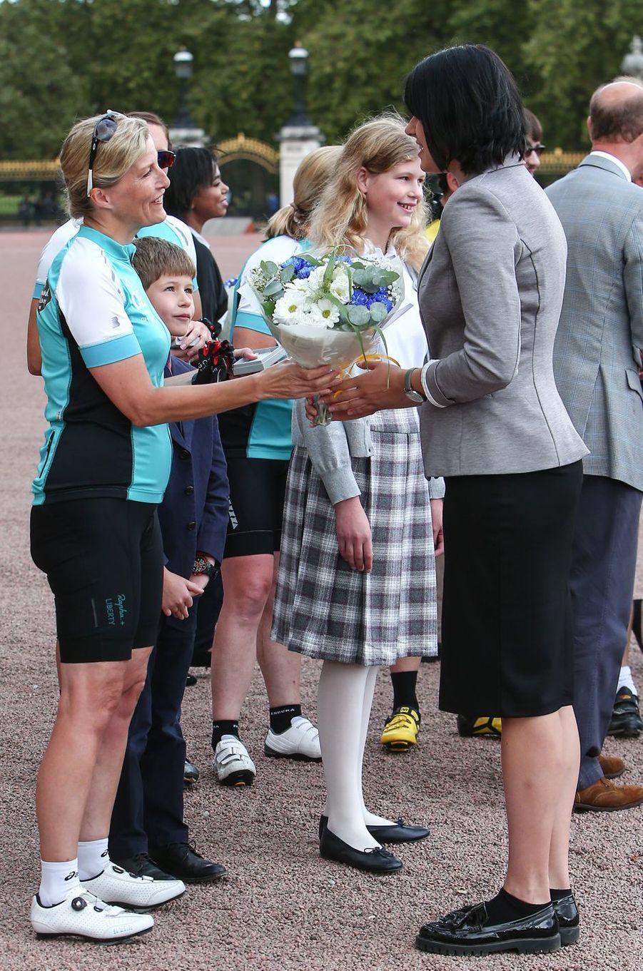 Sophie de Wessex et ses enfants à Londres, le 25 septembre 2016