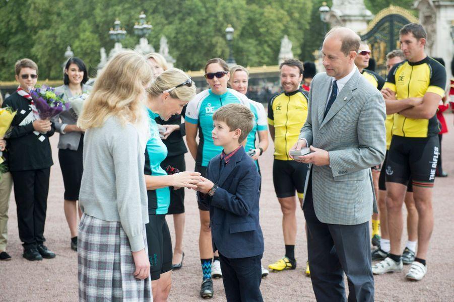Sophie de Wessex, le prince Edward et leurs enfants à Londres, le 25 septembre 2016