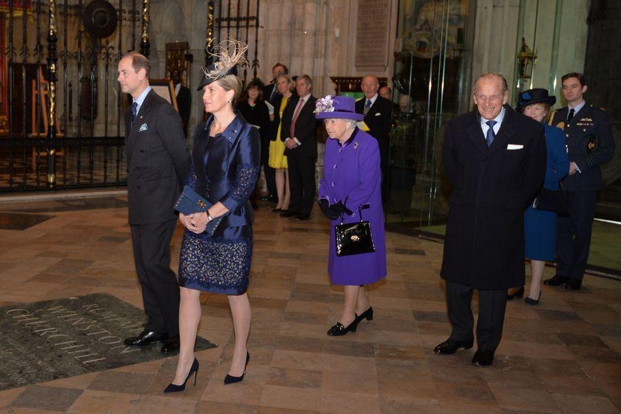 Sophie Wessex, la reine Elizabeth II et le prince Philip à l'Abbaye de Westminster à Londres, le 24 novembre 2016