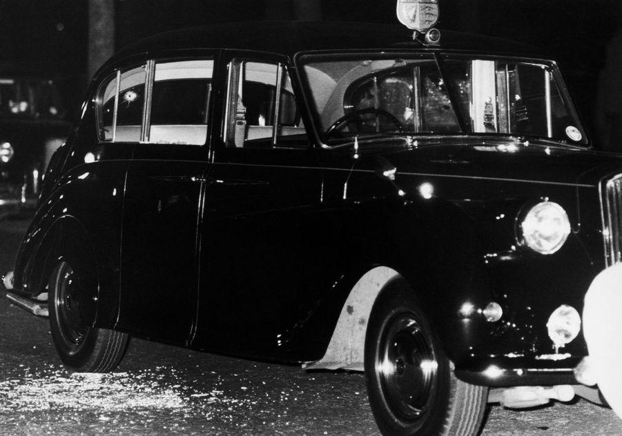 La Rolls Royce de la princesse Anne (avec un impact de balle sur la vitre arrière), le 20 mars 1974