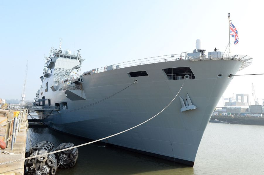 Le HMS Ocean à Plymouth, le 20 mars 2015