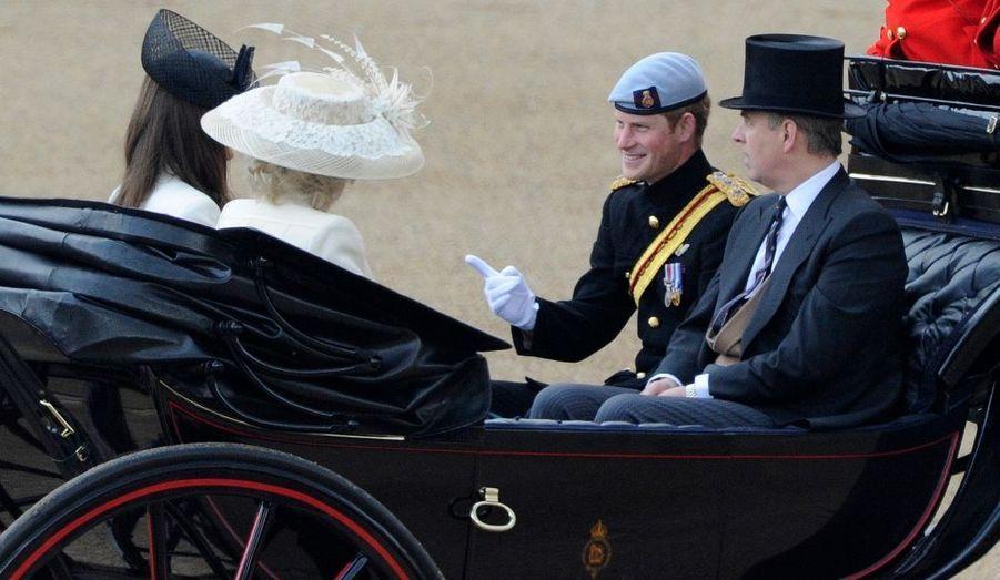 Harry et Andrew face à Kate et Camilla