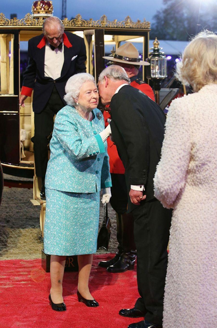 La reine Elizabeth II et le prince Charles à Windsor, le 15 mai 2016