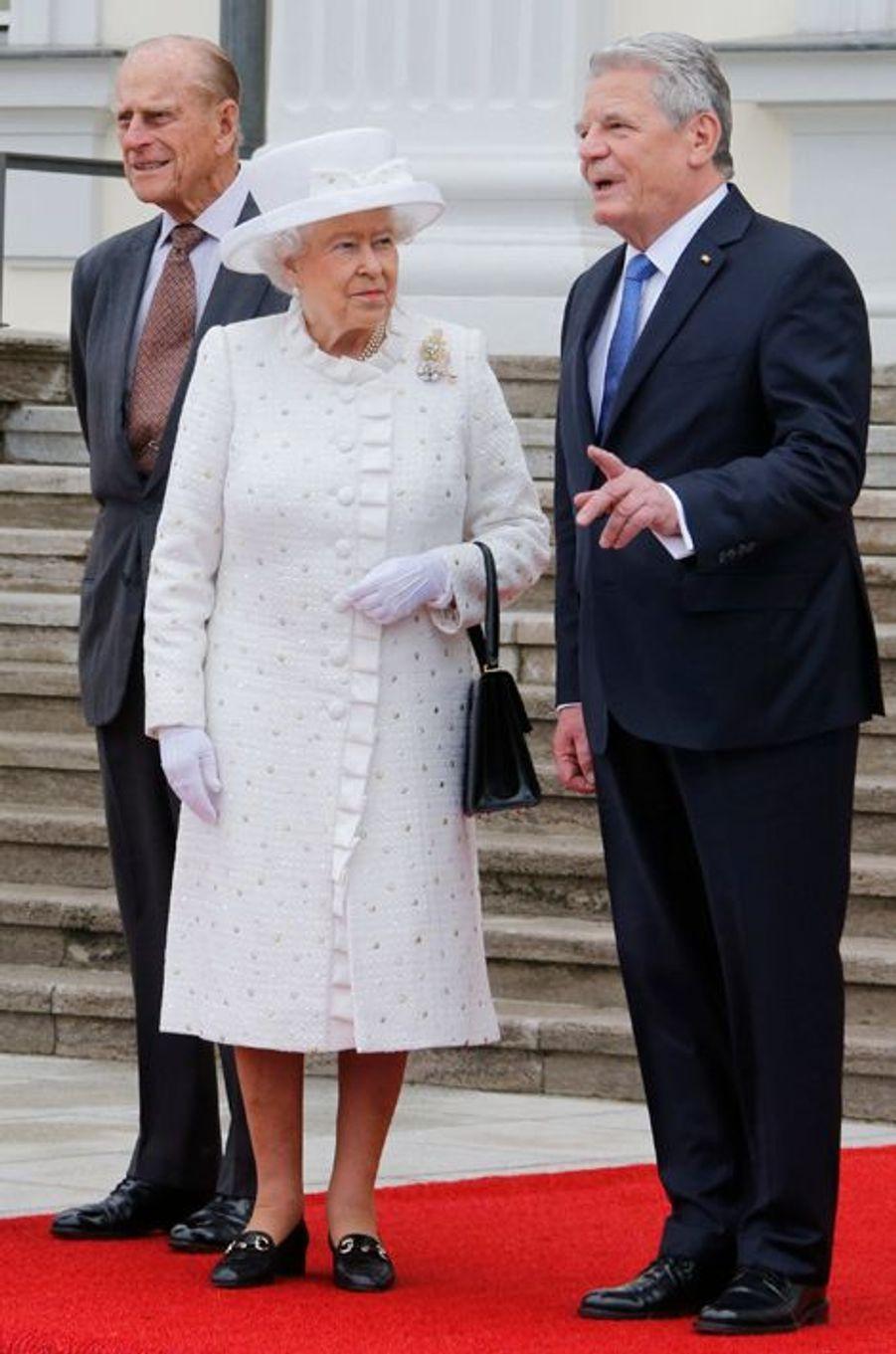 La reine Elizabeth II avec le prince Philip et Joachim Gauck à Berlin, le 24 juin 2015