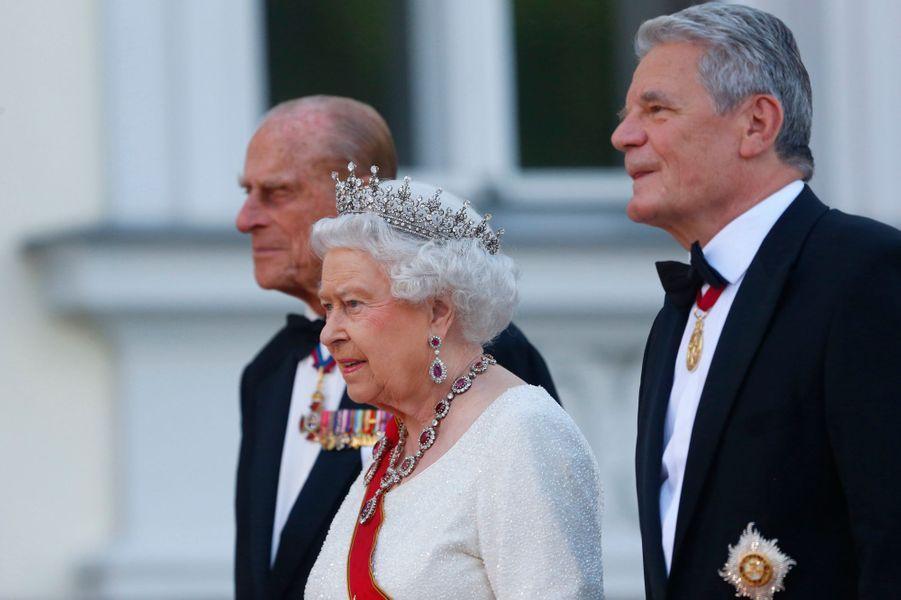 La reine Elizabeth II et le prince Philip avec Joachim Gauck à Berlin, le 24 juin 2015
