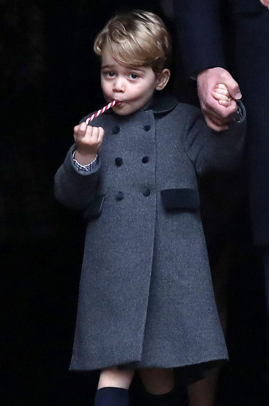Le prince George de Cambridge à Englefield, le 25 décembre 2016