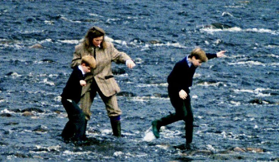 1994 - Avec Harry et Tiggy Legge-Bourke, leur nounou