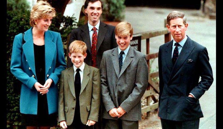 1995 - le 6 septembre, William entre au collège d'Eton