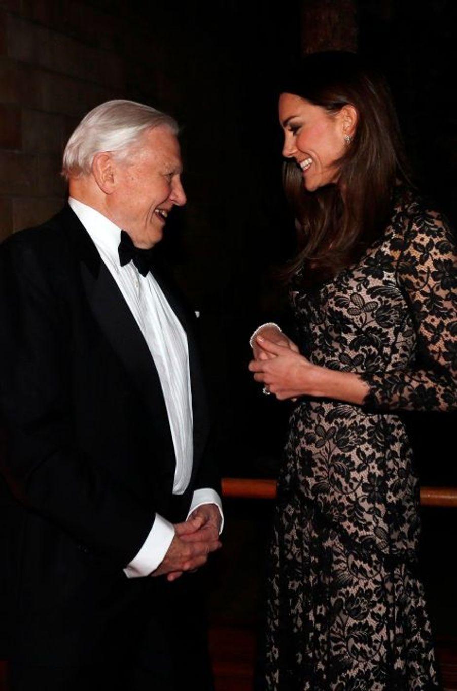 Kate Middleton a discuté avec le réalisateur du film,David Attenborough, le frère cadet du grand cinéaste Richard Attenborough.