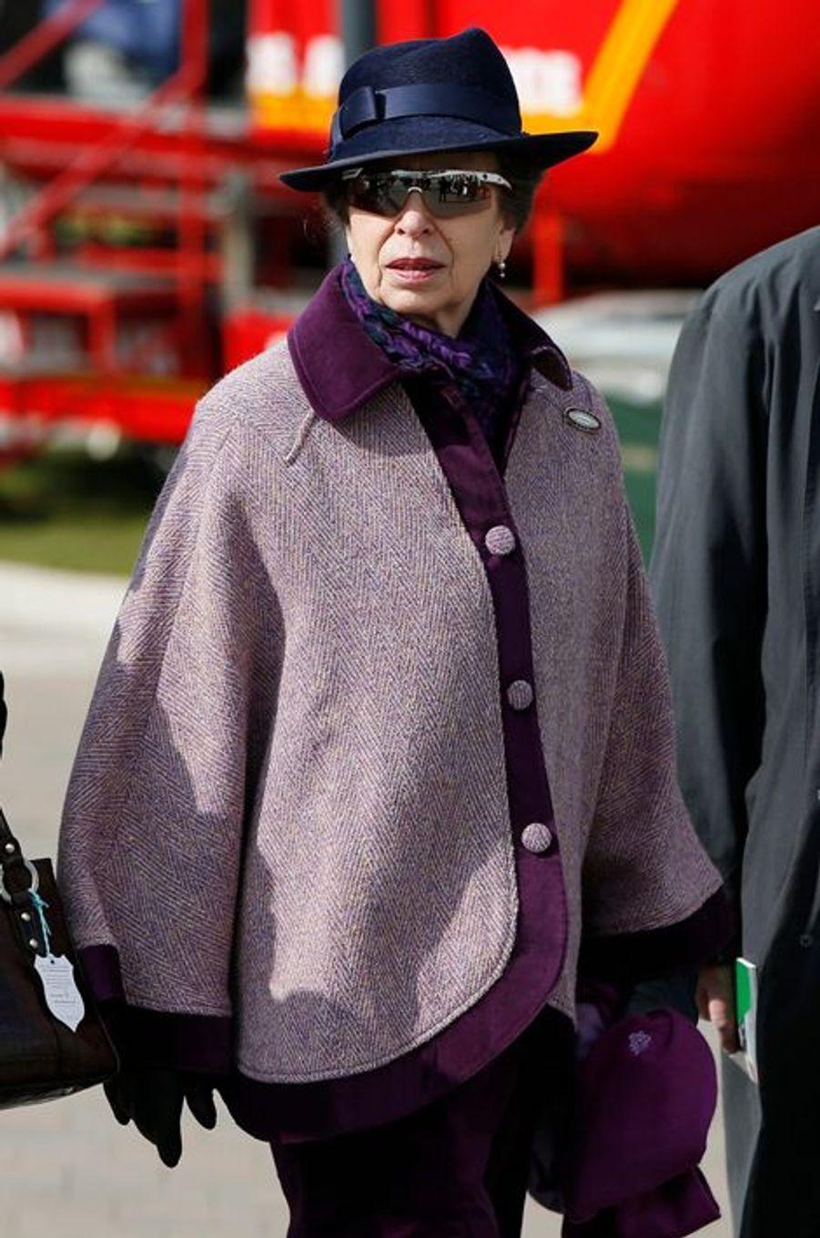 La princesse Anne au Cheltenham Festival, le 16 mars 2016
