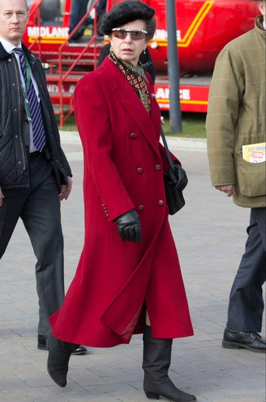 La princesse Anne au Cheltenham Festival, le 17 mars 2016