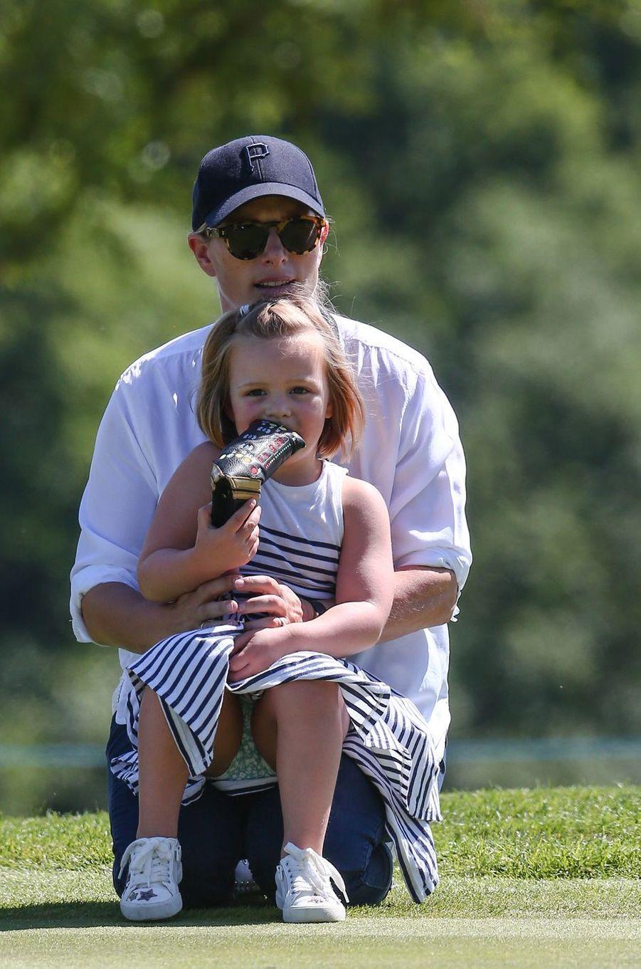 Zara Phillips et sa fille aînée Mia Tindall à Newport, le 30 juin 2018