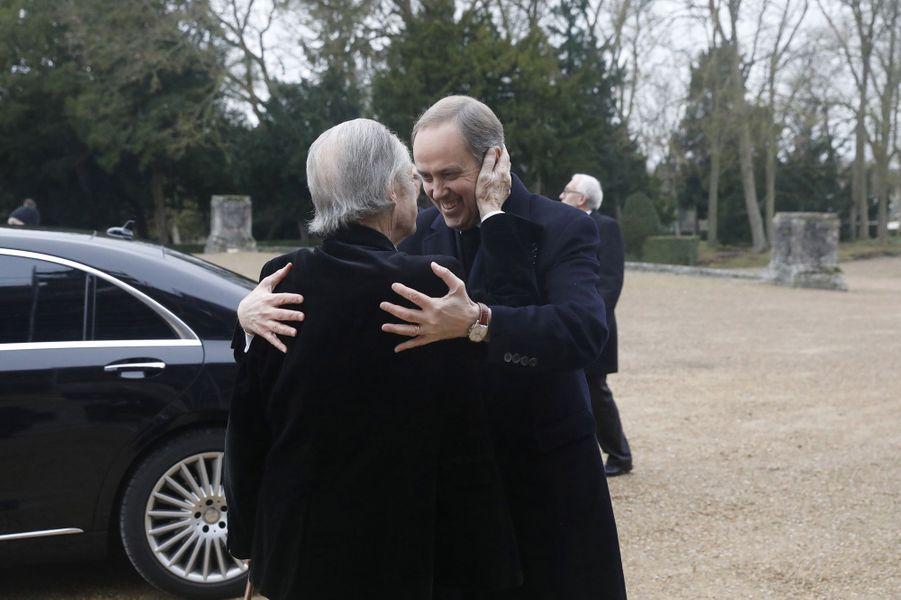 Le prince Henri d'Orléans, comte de Paris, et son fils le prince Jean, à Dreux le 6 janvier 2018
