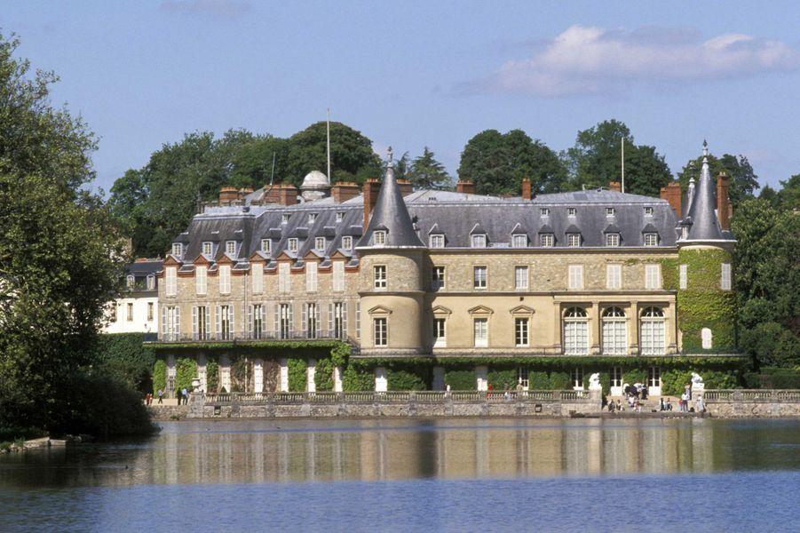 Idée 7 : le château de Rambouillet (photo prise en août 2009)