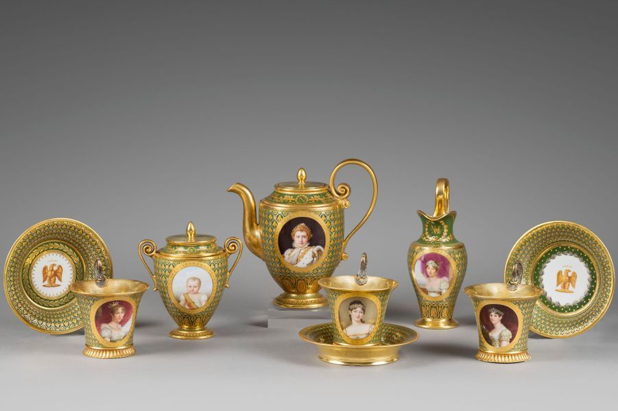 Cabaret des princesses de la famille impériale. Musée Napoléon Ier au château de Fontainebleau