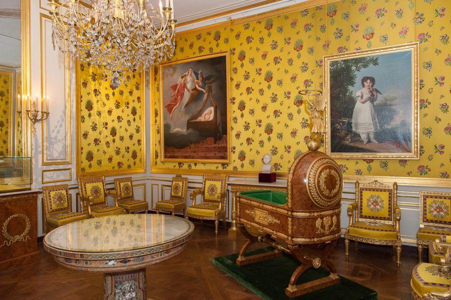Berceau du roi de Rome. Musée Napoléon Ier au château de Fontainebleau
