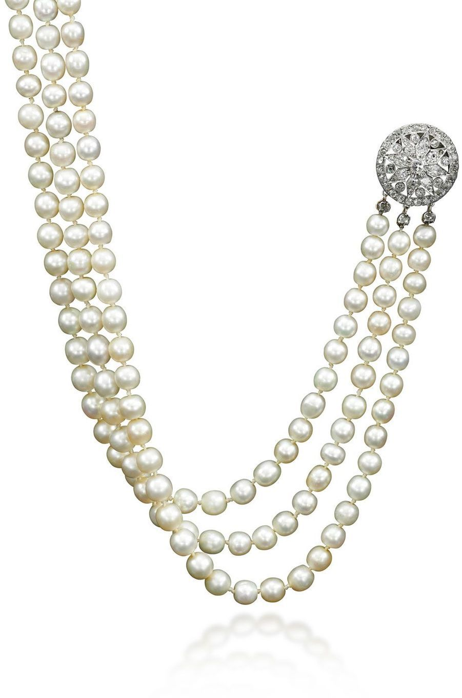 Bijoux de Marie-Antoinette : collier trois rangs en perles et diamants