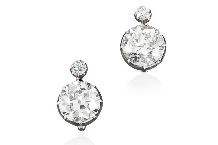 Les trésors de la famille impériale d'Autriche : boucles d'oreilles en diamants