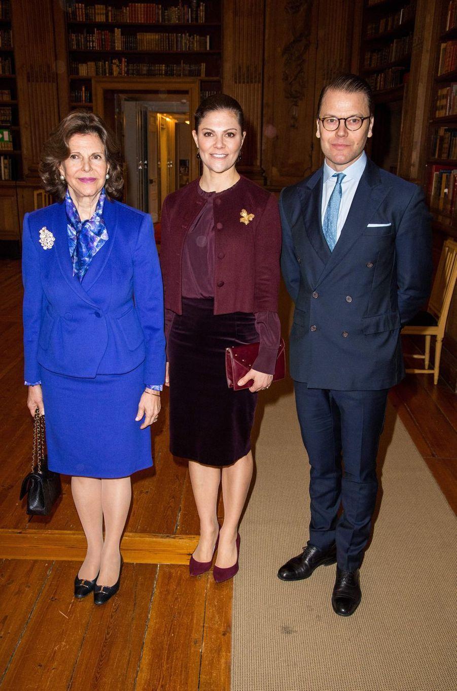 La reine Silvia, la princesse Victoria et le prince consort Daniel de Suède à Stockholm, le 26 janvier 2018