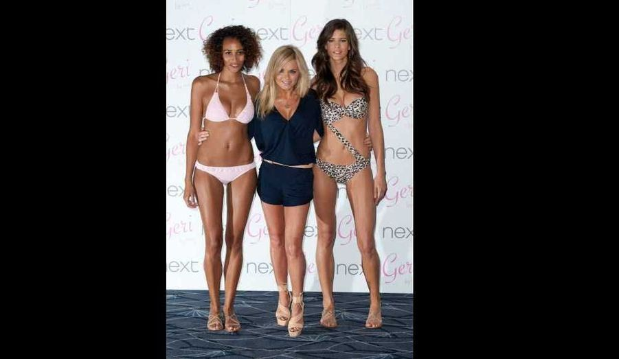 """Geri Halliwell a présenté première collection de maillots de bain et accessoires de plage, baptisée Geri By Next, hier soir à l'hôtel Savoy à Londres. """"Je voulais créer une collection pour les femmes de toutes formes et de toutes tailles afin qu'elles puissent choisir la forme exacte et le style qui leur convient, avait confié l'ex-Spice Girl au Daily Mail à l'annonce de son projet. Ce sont des maillots faits pour se sentir belle, fabuleuse""""."""
