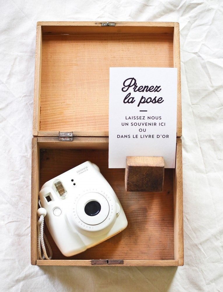 Un appareil photo mis à dispositionhttps://www.pinterest.fr/pin/359021401530523507/
