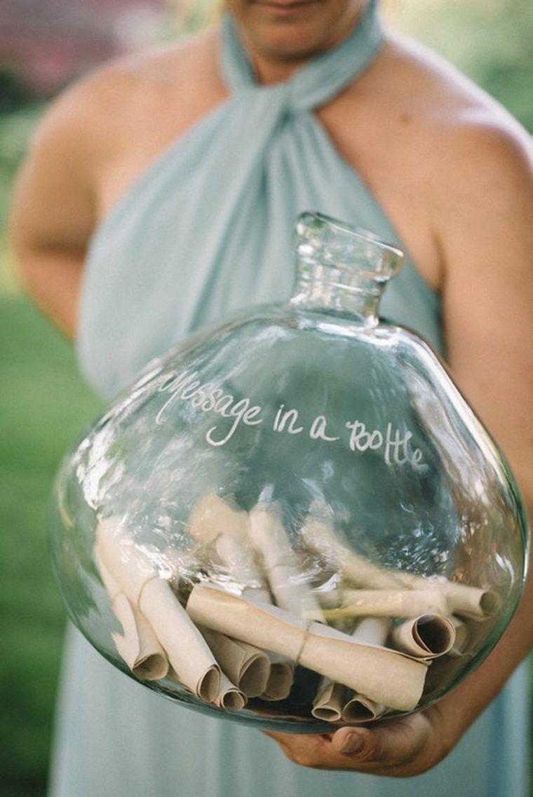 Une bouteille pour laisser des messageshttps://www.pinterest.fr/pin/415949715574742468/