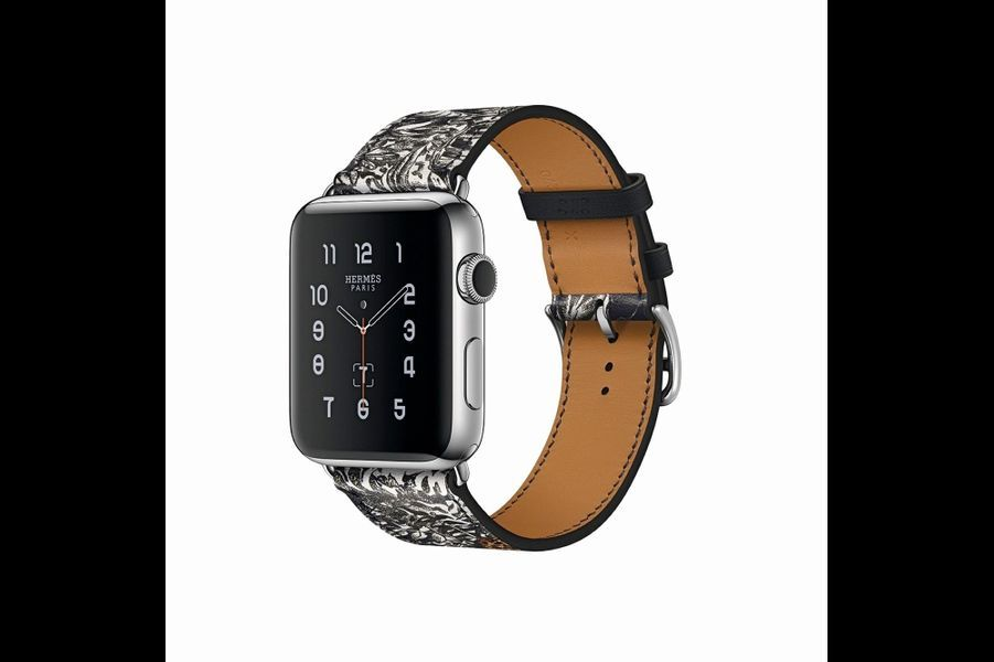 Chez Hermès, c'est l'imprimé « Equateur Tatouage » et ses félins dessinés par Robert Dallet qui parent les nouveaux bracelets de l'Apple Watch. Des collections capsules arty dont la mode ne peut plus se passer ! Bracelet en cuir imprimé, Hermès pour Apple Watch, 419 €.