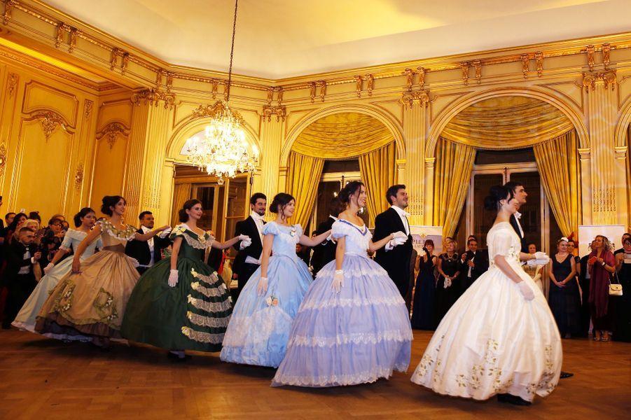 Dans les coulisses du bal des Tsars et des Tsarines.