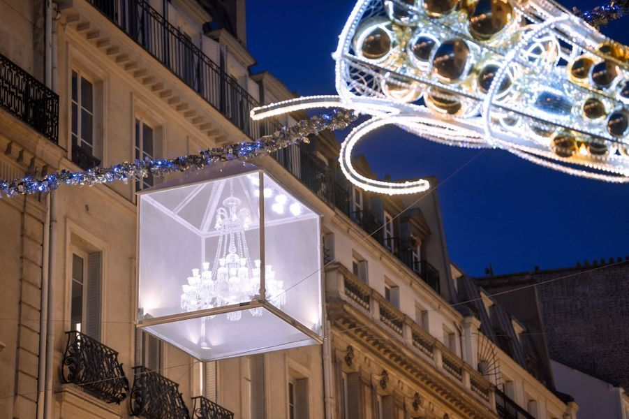 Le lancement des illuminations de Noël de la rue du Faubourg Saint-Honoré a eu lieu jeudi 17 novembre.