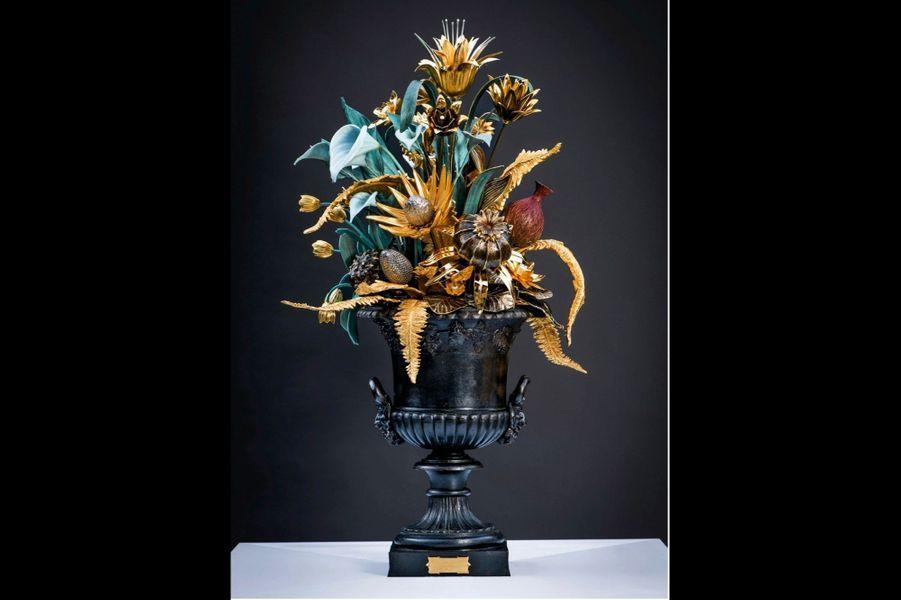 Flora Fantastica Ci-dessus, sculpture d'apparat d'après Chrystiane Charles, 250 kilos, fondue et montée dans l'atelier.
