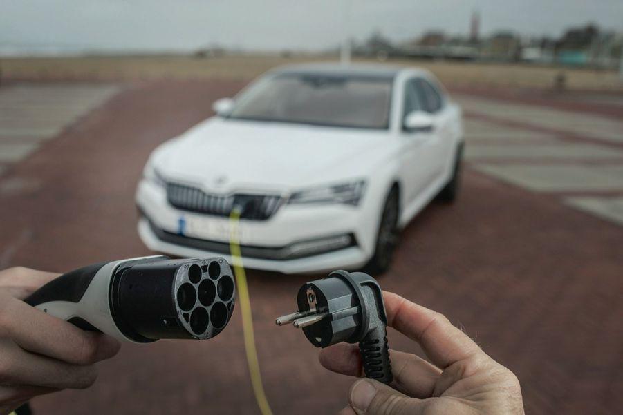Plus 200% : la progression des ventes de véhicules électriques et hybrides en septembre 2020 par rapport à septembre 2019.