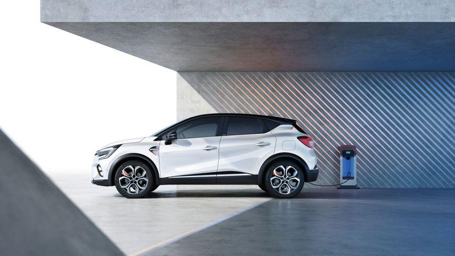 Après la version hybride rechargeable, le Renault Captur arrive en hybride simple.