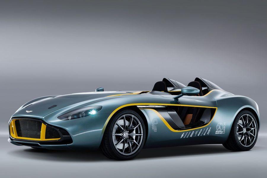 Avec son nouveau concept CC100 Speedster, la prestigieuse marque britannique célèbre dignement son siècle d'existence. Doté d'un V12 de 6 litres, le CC100 est un hommage aux illustres Aston DBR1 qui s'imposèrent au Mans et sur le Nürburgring. Aston n'a livré que peu d'informations techniques, si ce n'est la promesse d'un 0 à 100 km/h effectué en 4 secondes.