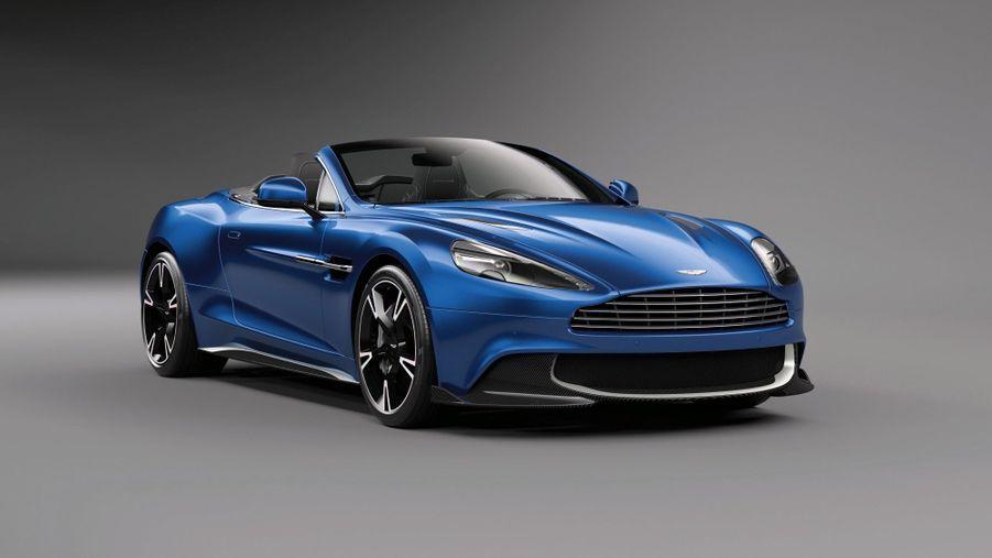 Aston Martin Vanquishs Volante: le son du canonA l'instar de Ferrari, Aston Martin conserve un V12 dans sa gamme. Aucun Brushing ne résiste au cabriolet britannique dont les accélérations foudroyantes catapultent les occupants jusqu'à des vitesses inavouables (323 km/h maxi). Aussi terrifiante à l'oreille qu'au chronomètre, la Vanquish S Volante brille, avant tout, par sa ligne d'une insolente élégance. A partir de 280000 Euros environ.