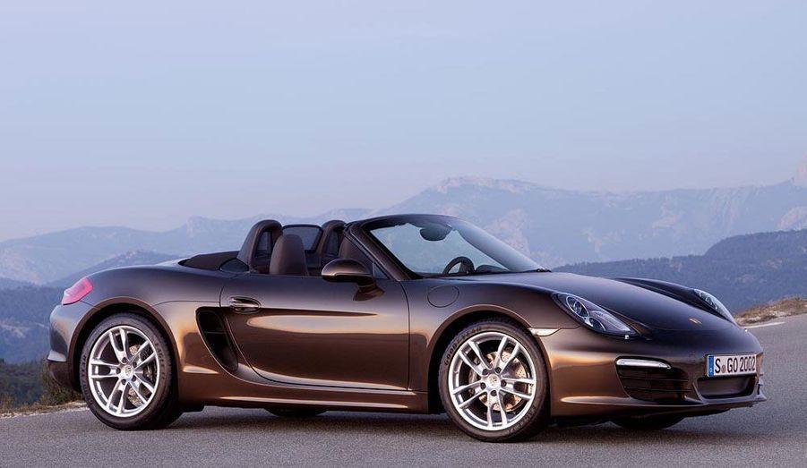 Sa position d'entrée de gamme chez Porsche ne fait pas du Boxster une auto accessible. Il sera vendu à partir d'environ 48 000 euros.