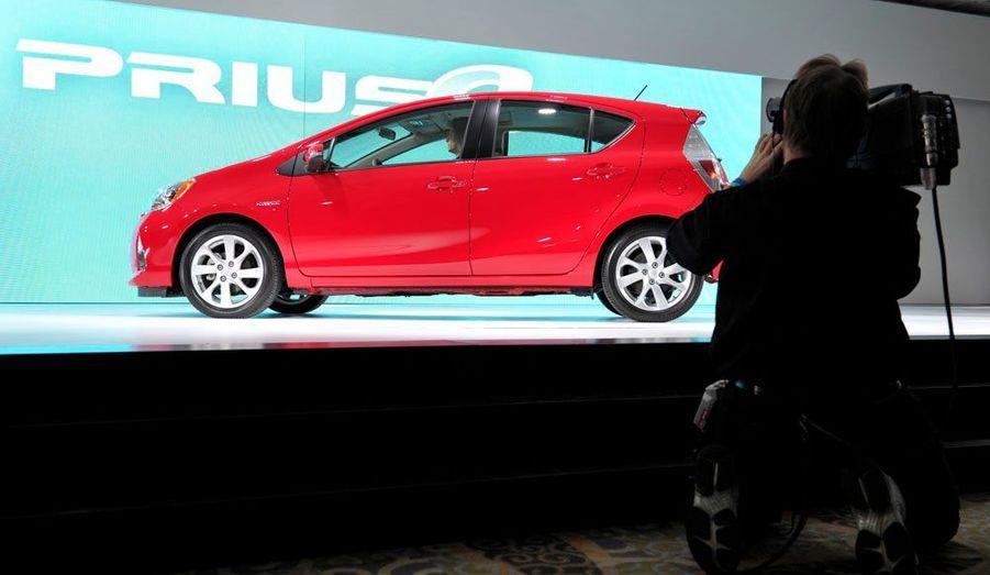 La Honda Jazz va trouver à qui parler. Avec cette Prius citadine, Toyota décline sa formule hybride dans un segment où elle apparaît plus que jamais pertinente.