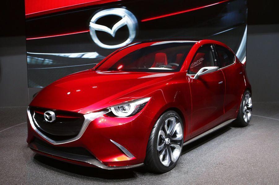 On ne se lasse pas du style Mazda, repris pour ce concept Hazumi, qui annonce une très belle Mazda 2, petite citadine concurrente des Volkswagen Polo, Renault Clio et Peugeot 208.