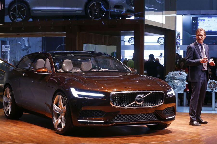 Break de chasse réalisé par un des maîtres du genre, le Volvo Concept Estate s'inscrit dans la lignée des concepts Coupé et XC Coupé, annonciateurs d'un renouveau stylistique chez le constructeur suédois.