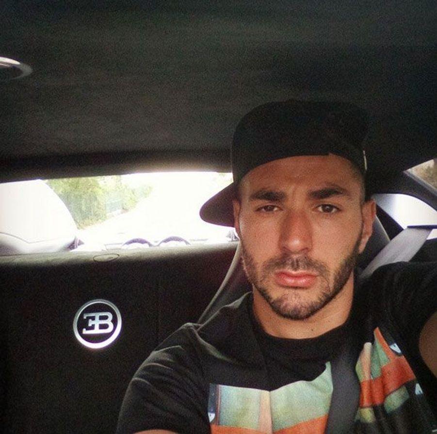 Karim Benzema à bord de sa Veyron, sur Instagram