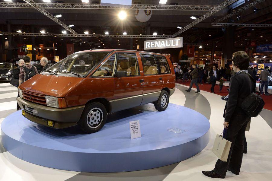 Le Renault Espace a commencé sa belle carrière il y a 30 ans.