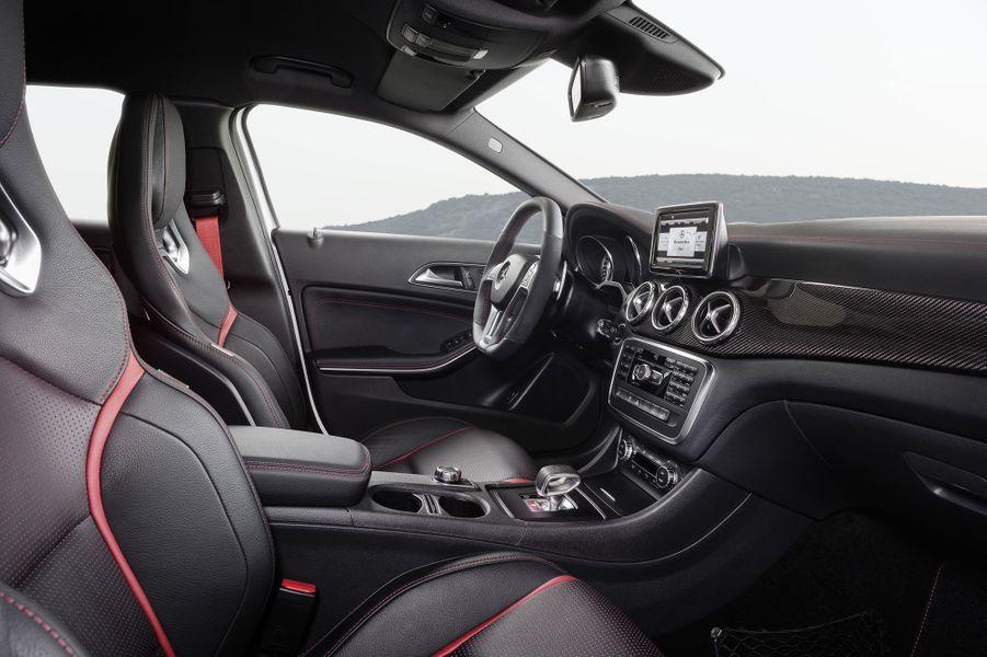 Mercedes GLA 45 AMG, le petit teigneux