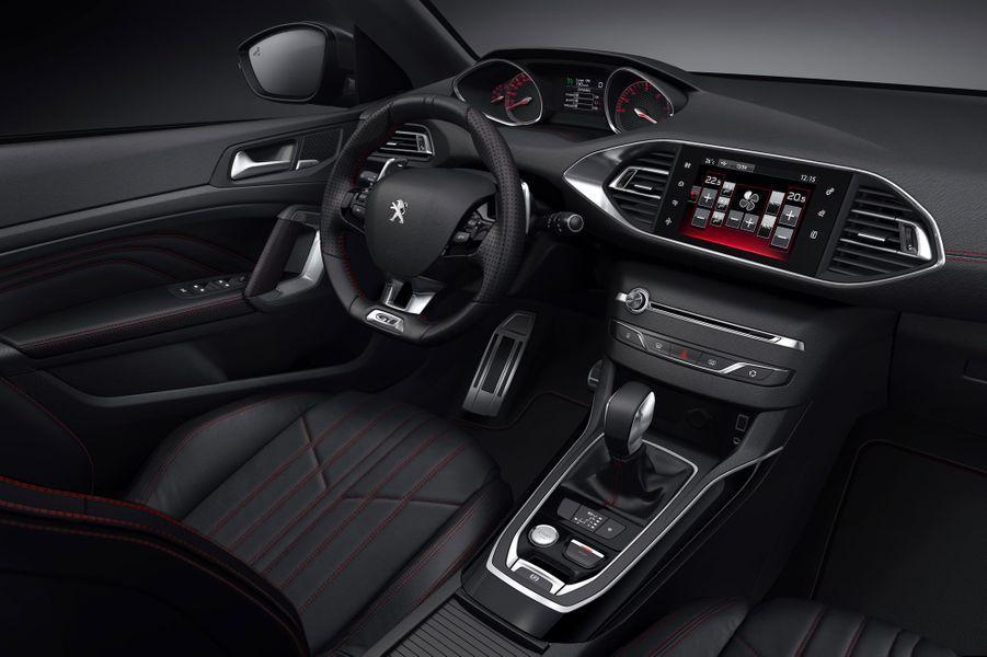 Peugeot 308 GT : en tenue de sport